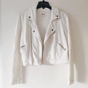 00e353b0cc199c Jackets   Blazers - Urban Outfitters White Jacket by YAYA